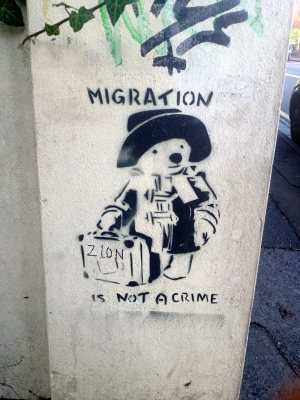 migration grafitti streetart