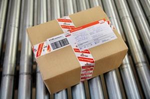 Paquetería y transporte. Compañías para enviar cajas. bristol