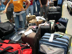 maletas emigrar uk