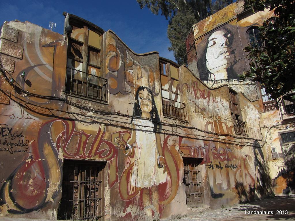 el niño de las pinturas granada graffiti