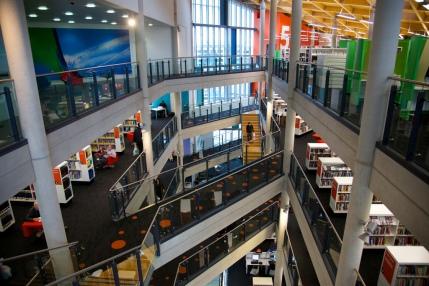 Thomas Guignard - Cardiff Central Library