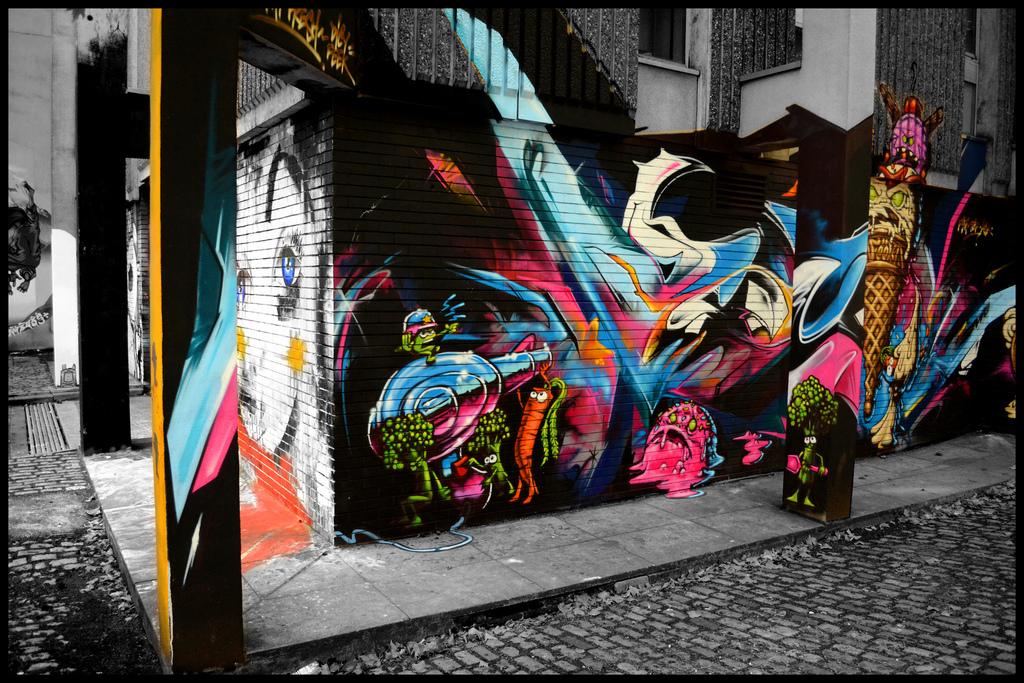 08 LUKE ANDREW SCOWEN - Bristol Graffiti Project 1