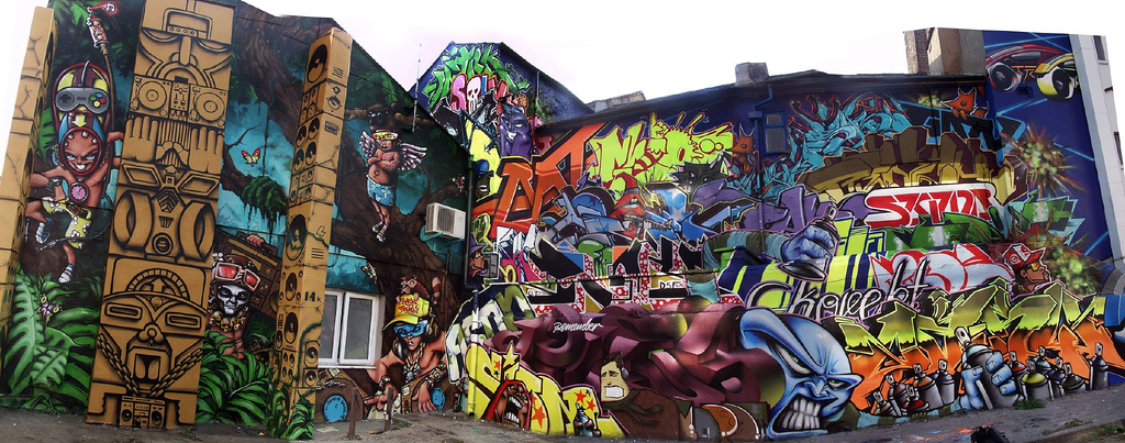 graffittis brighton by delarge