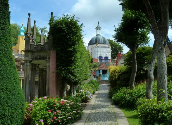 Jason Ballard -- Avenue at Portmeirion