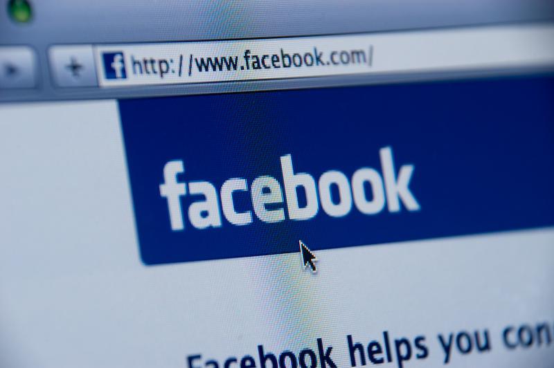 facebook - Spencer E Holtaway - facebook website screenshot