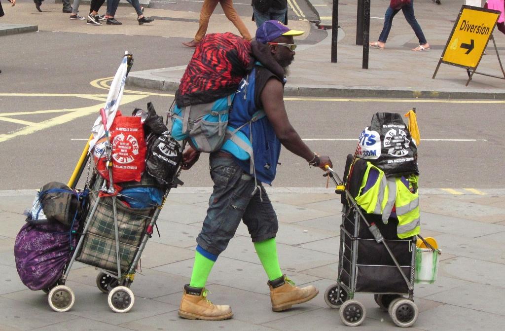 homeless london - DAVID HOLT