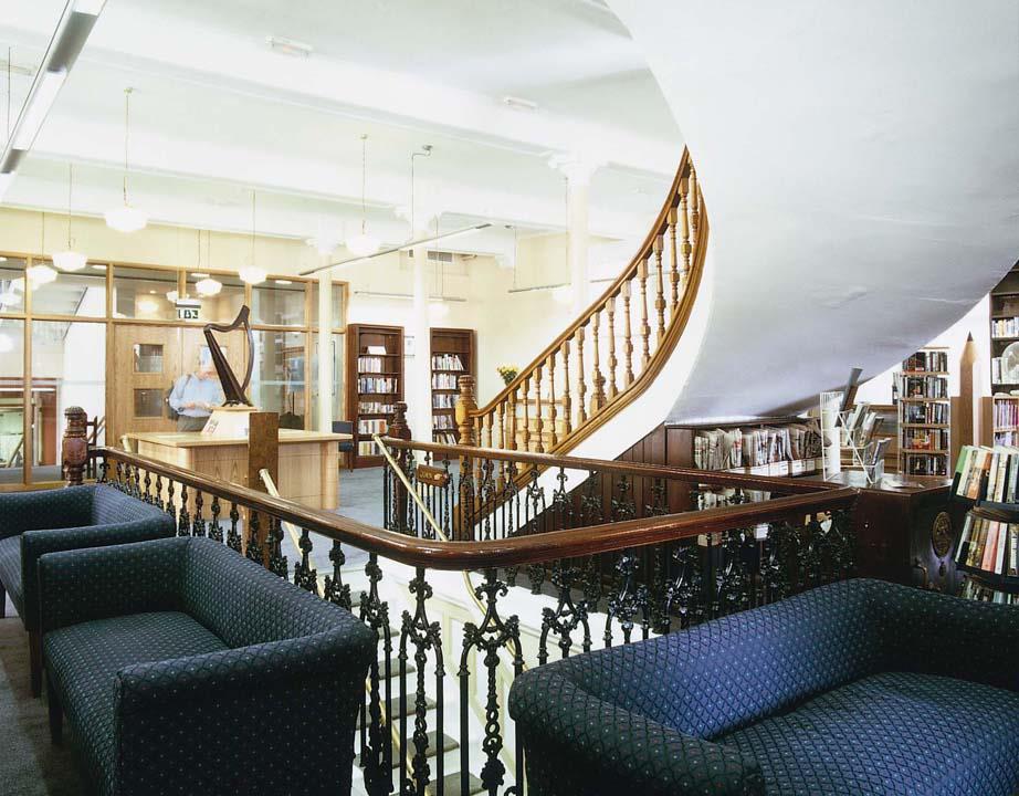 Linen Hall Library Belfast