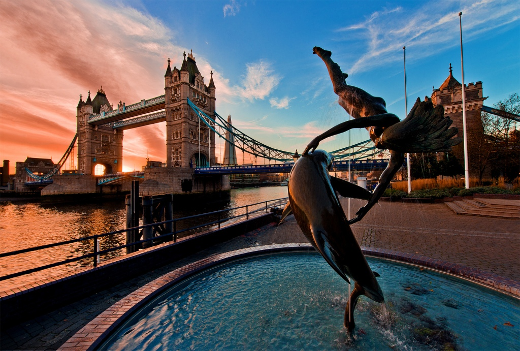 Tower Bridge (London) by Tom Bricker