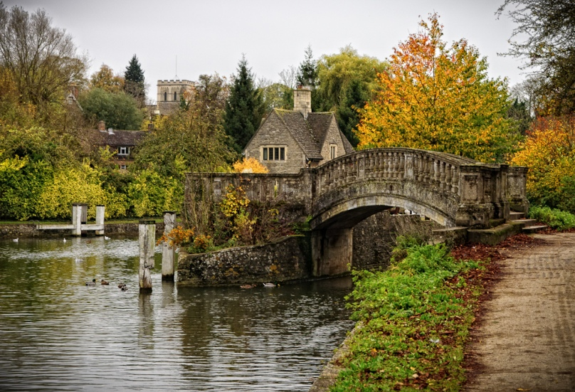 Scott D. Haddow -- Iffley Lock, Oxford