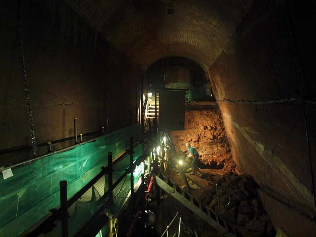 SomeDriftwood - Williamson's Tunnels