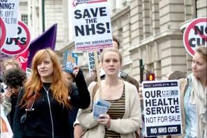 UK bhs cuts