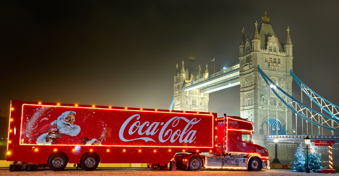 2011 Coca Cola Christmas Truck (lorry) by London's Tower Bridge