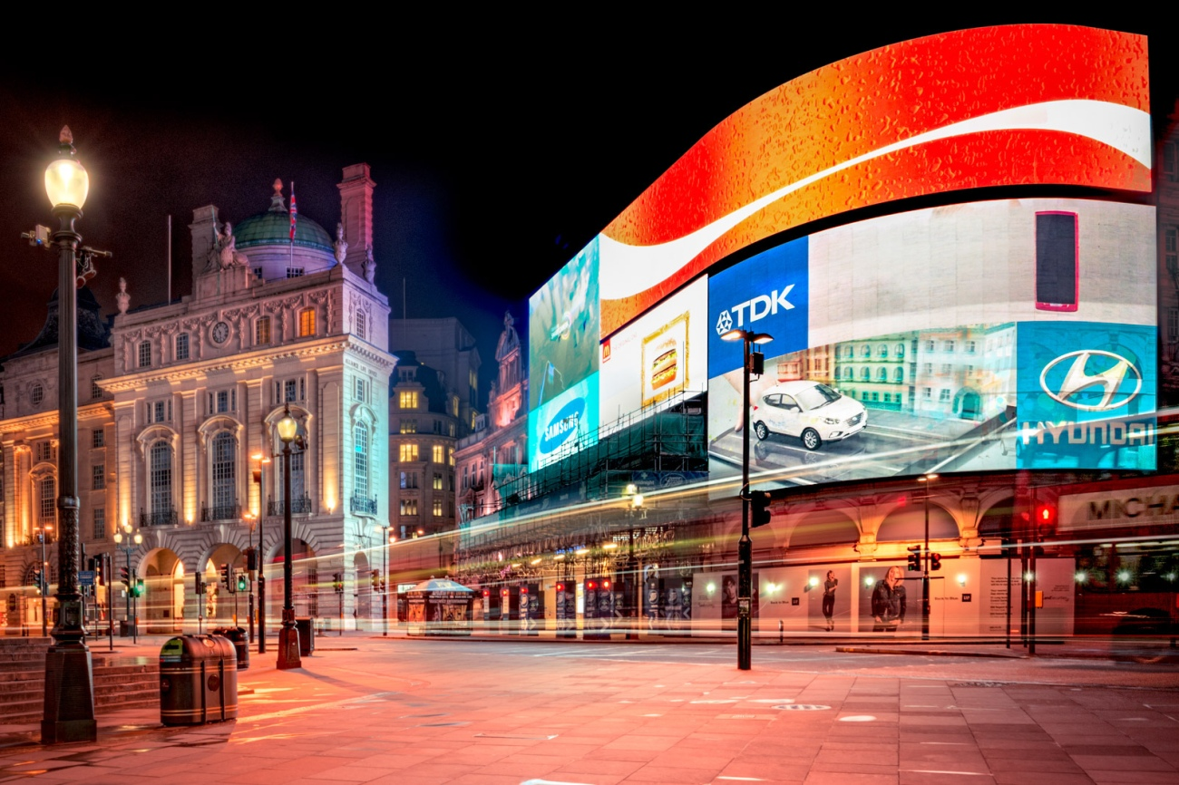 Jacob Surland -- Deserted Piccadilly Circus