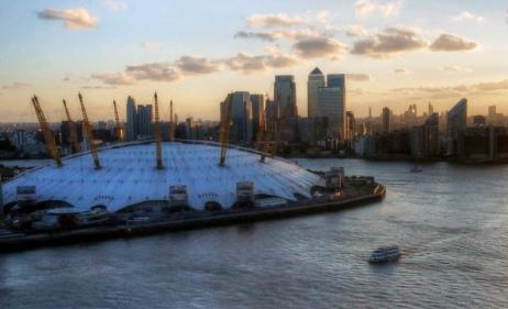 mariusz kluzniak -- london city sunset