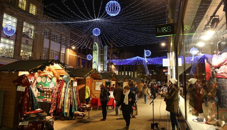 Mercado de Navidad Local