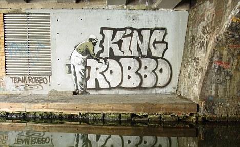 Banksy vs RobboRobbo reclaims spot