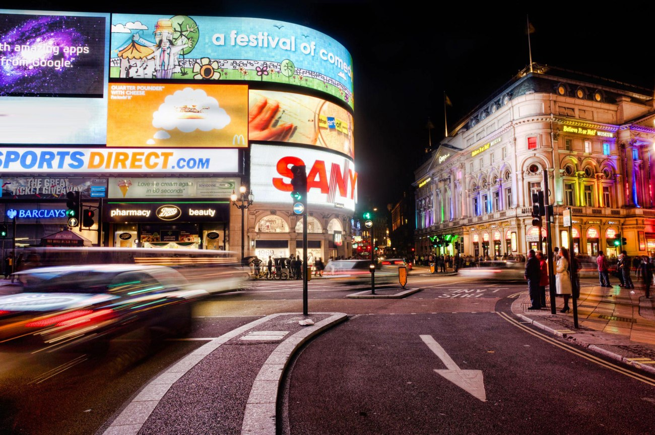 Picadilly-Circus3