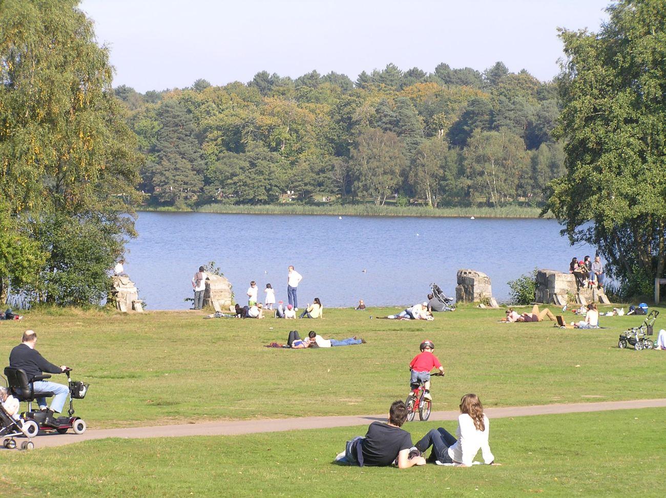 El lago de Virginia Water también aparece en los films de Harry Potter