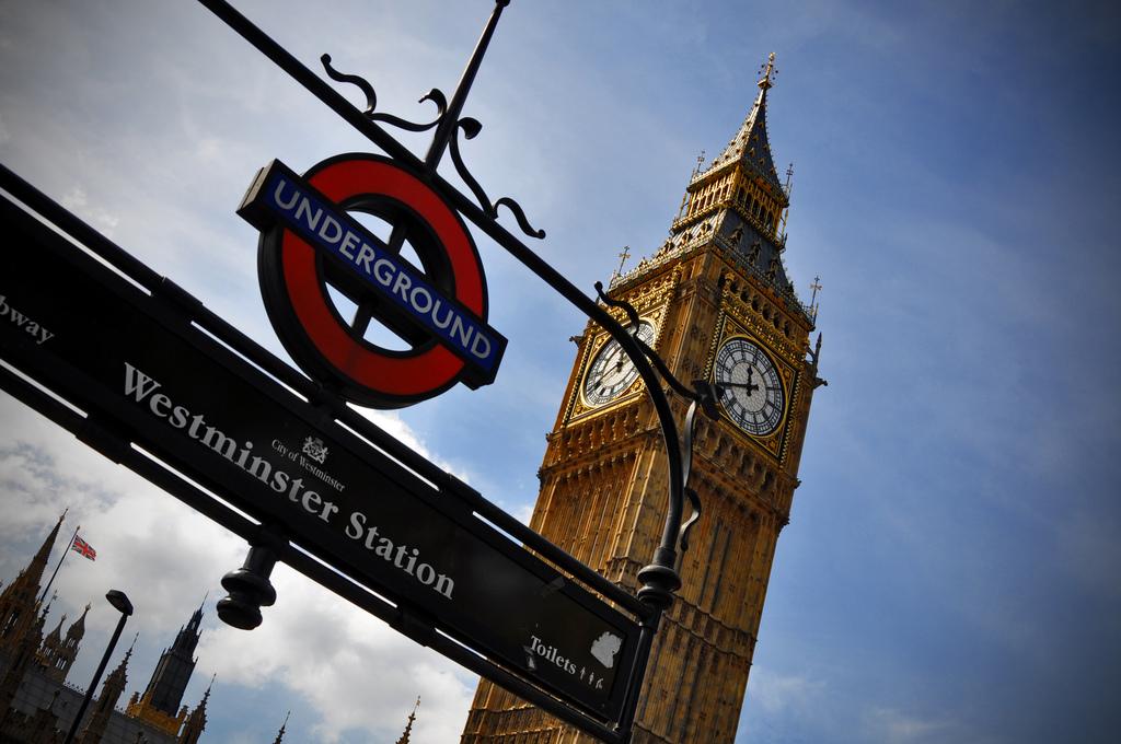 La estación de metro de Westminster aparece en una escena de Harry Potter
