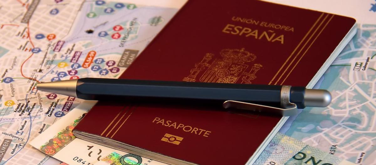 Cómo renovar el pasaporte o el DNI desde Reino Unido