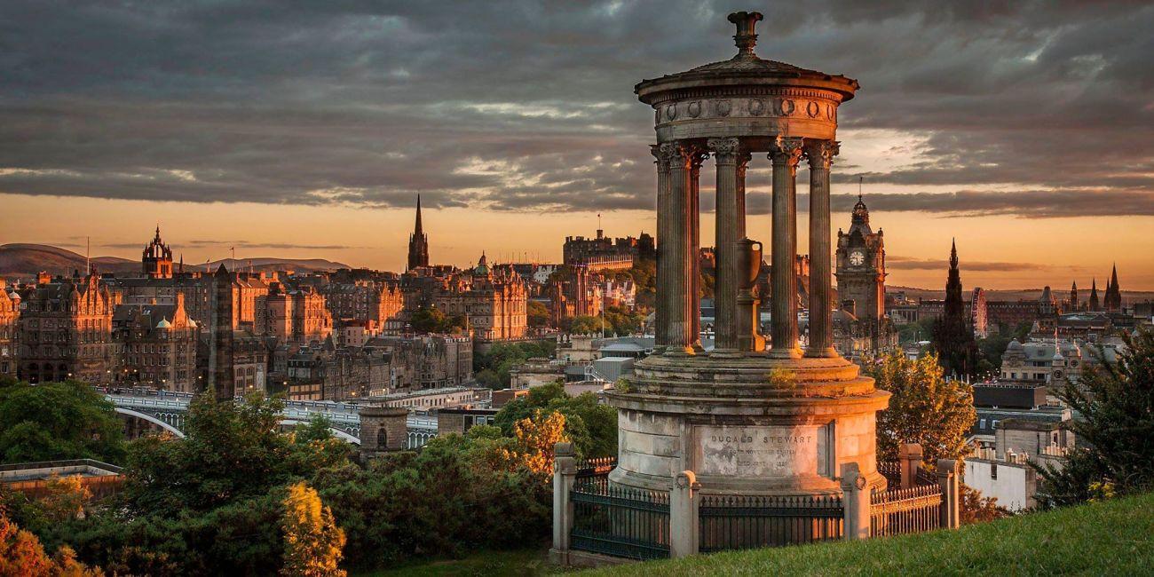 Vista panorámica de la ciudad de Edimburgo