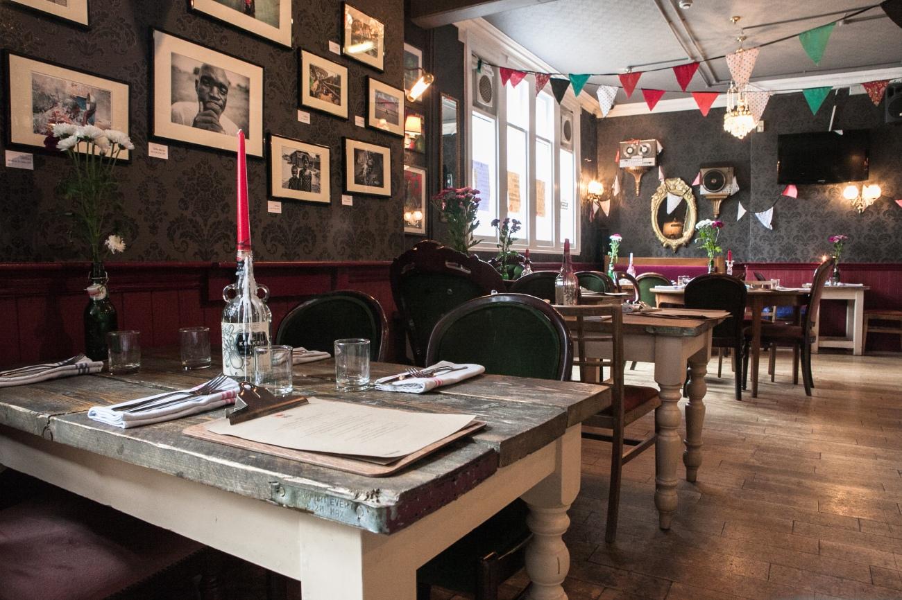 El pub Steam Crane de Bristol fue en su día el hogar de un tigre