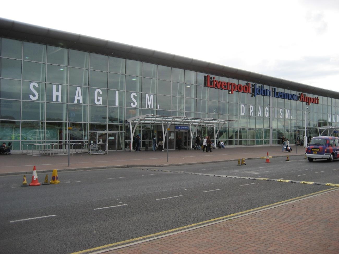 Liverpool_John_Lennon_Airport-2006-09-28