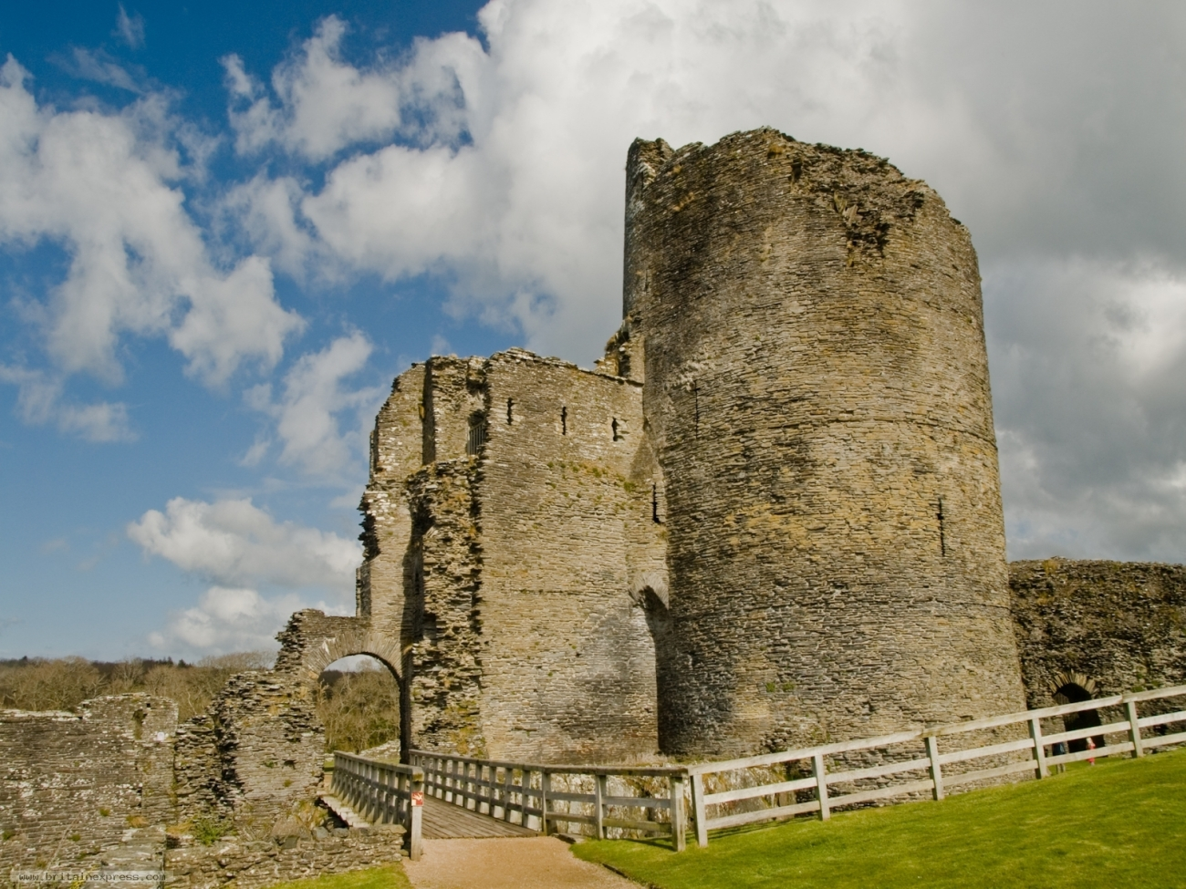 Cilgerran Castle, Wales