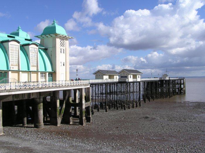 Penarth Pier, Wales