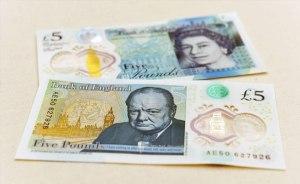 El nuevo billete de 5 libras causa furor en Internet