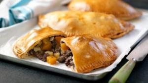 Classic Cornish Party / BBC Food