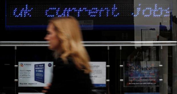 Reino Unido cuenta con 1,6 millones de parados / Suzanne Plunkett
