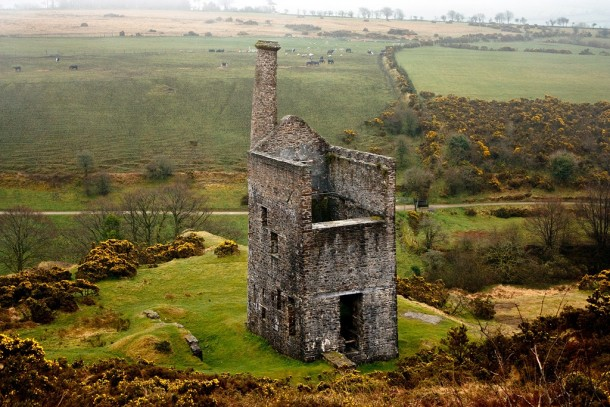 wheal-betsy-the-last-standing-engine-house-mining-zinc-lead-and-silver-on-dartmoor-england-10365