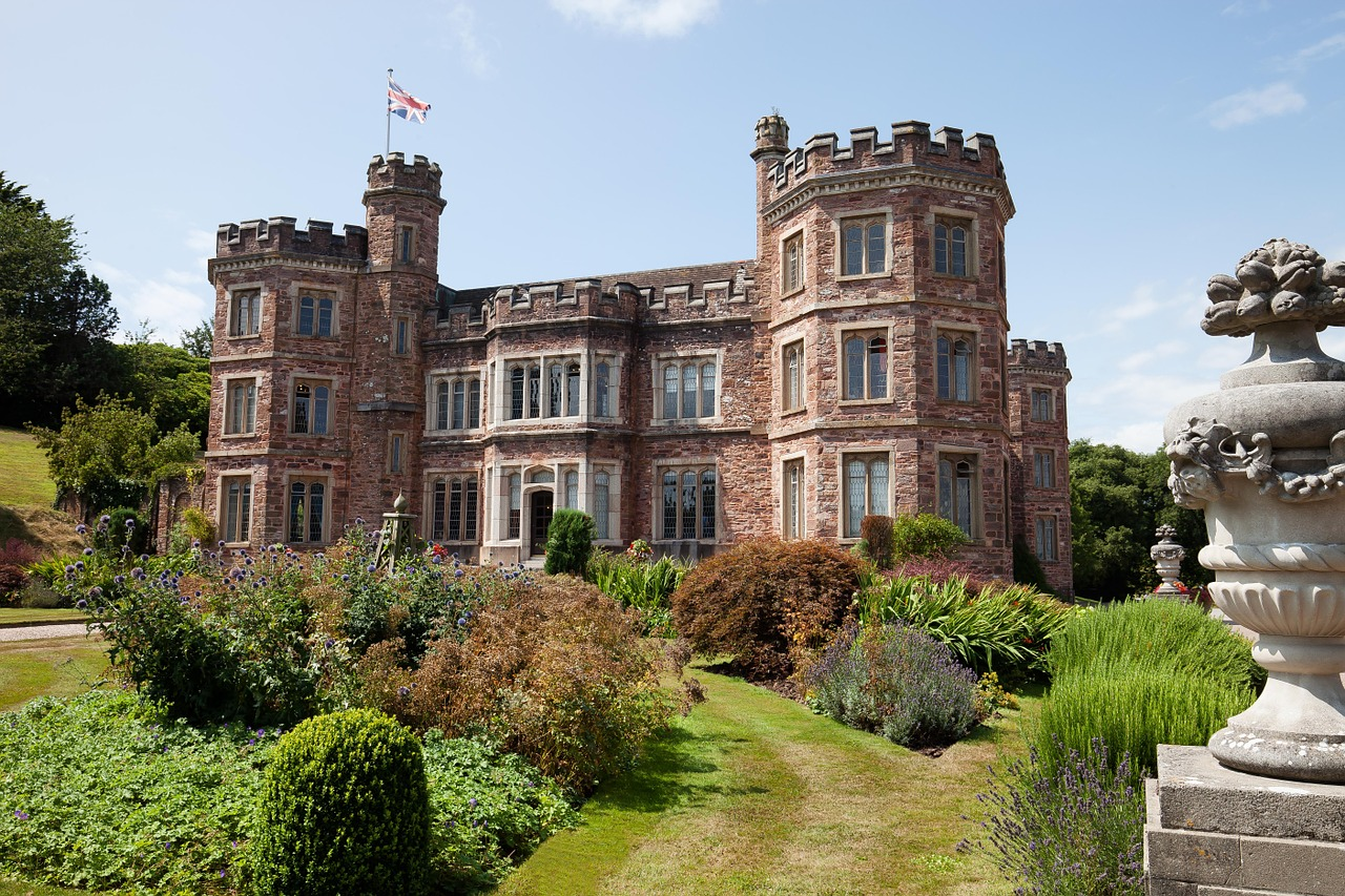 mount-edgcumbe-house-419653_1280.jpg