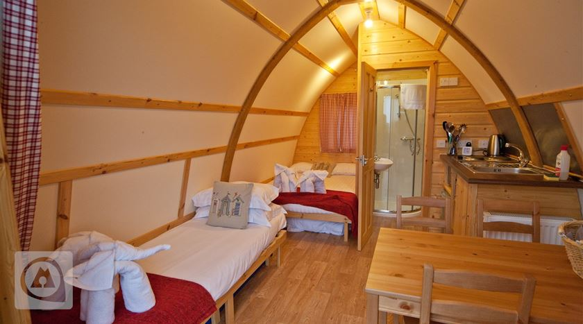 Camping Tom's Eco Lodge, Inglaterra