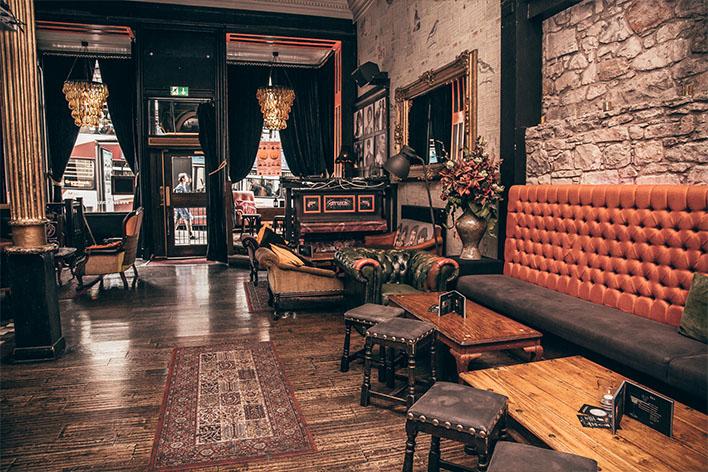 99 Hanover Street, bar en Edimburgo