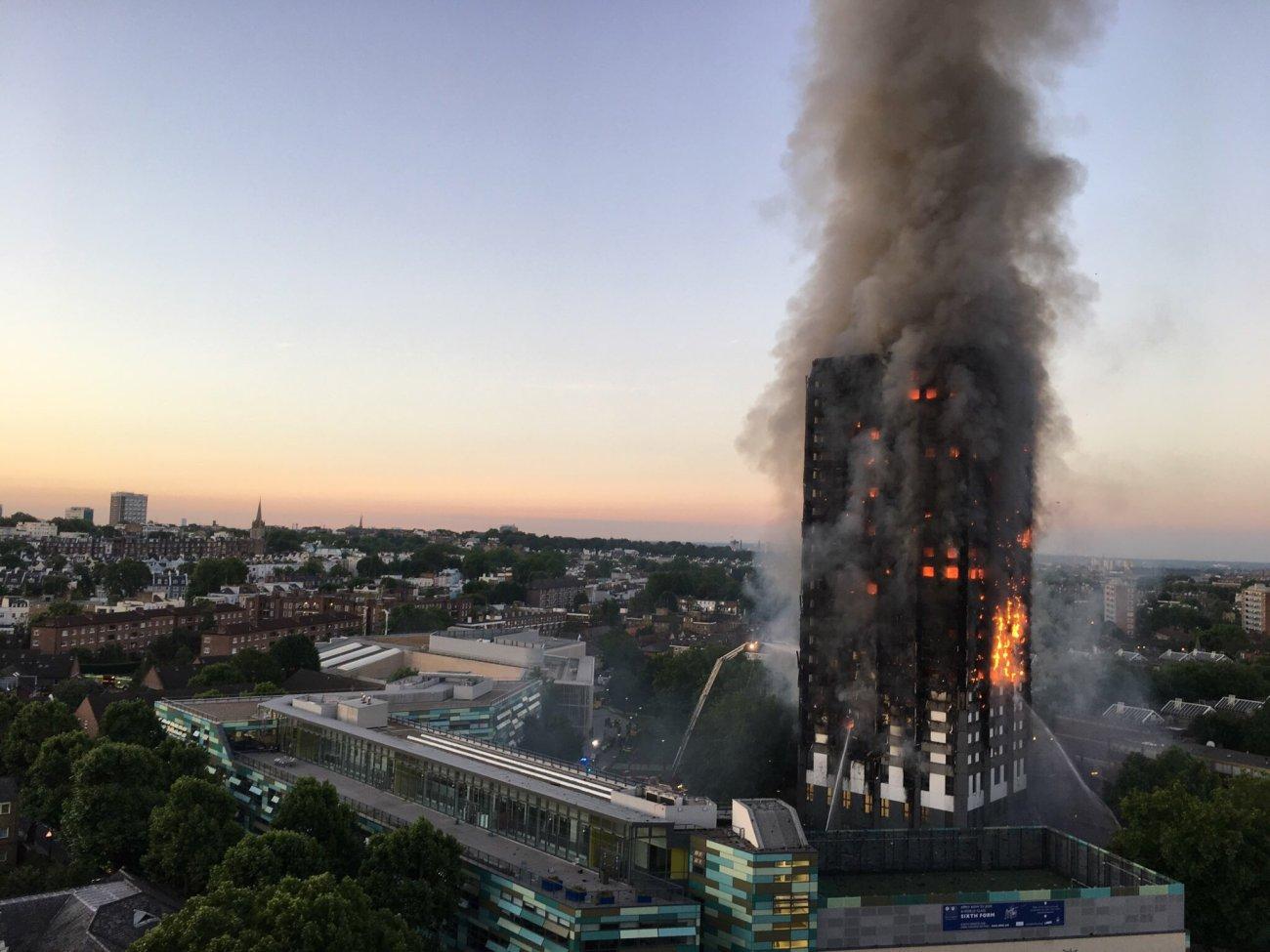 Torre Grenfell Londres en llamas