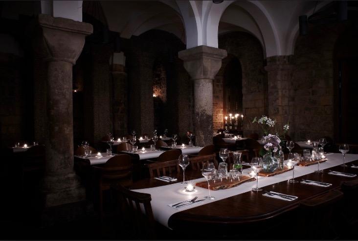 Café Below, una iglesia de Londres convertida en restaurante